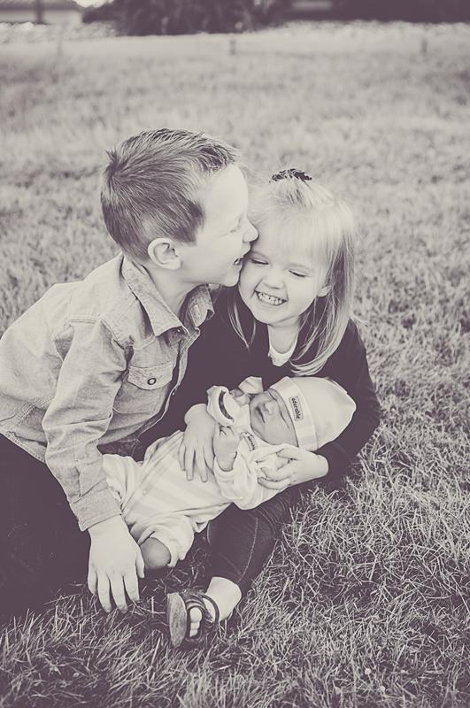 newborn-photographer-graham-11